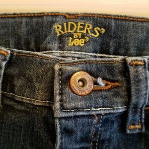 Lee Riders